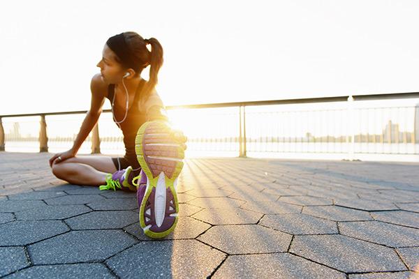 Hoe weet je wanneer je klaar bent om opnieuw te lopen na eenmarathon?